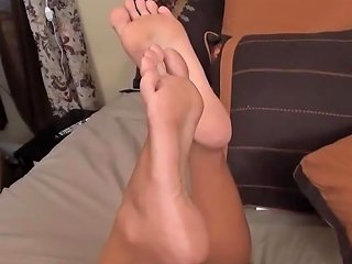 Dacy Lynn Feet While On The Phone Ignoring Feet Tease