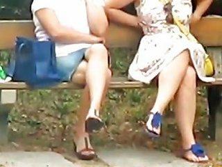 Syntribating On A Bench Free Girls Masturbating Porn Video