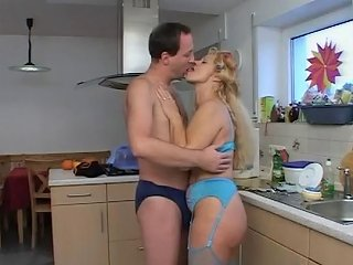 Milf Gives Him A Happy Ending Free Large Breasts Porn Video