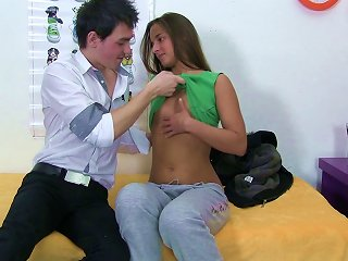 Charming Brunette Teen With Long Hair Enjoying Her Shaved Pussy Being Licked Immensely