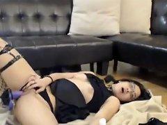 Cute Emo Girl On Her Fuck Machine