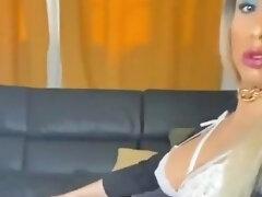 Sucking Tranny Cock