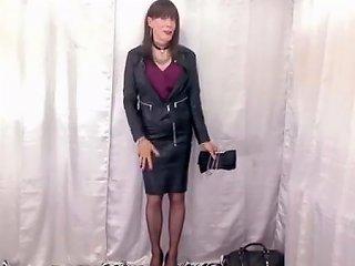 Leather Babe Tastes Her Cum Txxx Com